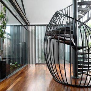 Escaleras modernas interiores y exteriores