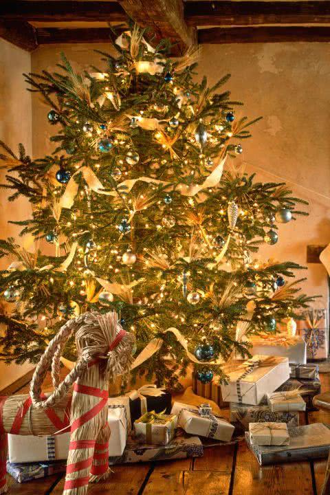 Decoraci n de rboles de navidad ideas y fotos decorevista - Arboles de navidad bonitos ...